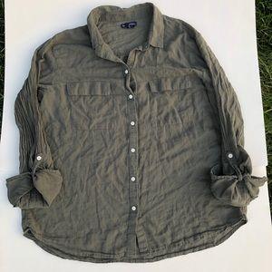GAP Boyfriend fit button-down shirt